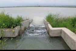 در تاسیس واحدهای صنعتی به مسأله آب توجه شود