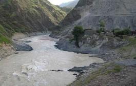 بخشی از رودخانه کشکان خشک شد
