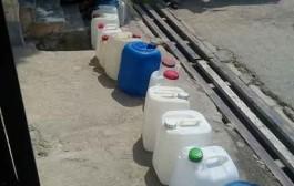 صف طولانی برازجانی ها برای خرید آب