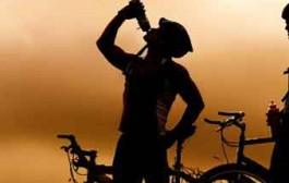 خطر مرگ ورزشکاران با مصرف بیش از حد آب