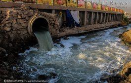 انتقال آب کارون به وسیله پمپاژ / وقتی عشایر در کنار رودهای خشکیده از خودروهای عبوری آب طلب میکنند!