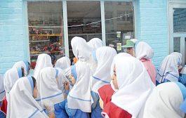 کنترل روزانه آب آشامیدنی مردم در ۴۵۰ آزمایشگاه وزارت بهداشت / نظارت مستمر بر بوفه مدارس