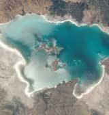 برای احیای دریاچهارومیه، هیچبودجهای وجود ندارد/ تجریشی: پولندهند، سال ۹۶ آبدریاچه یکمتر پایین میرود