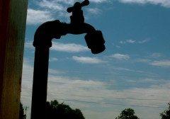 کشوری درحال خشک شدن، ایران آب زیادی مصرف می کند