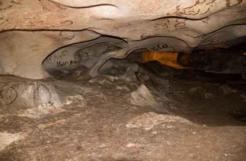 ۲مهر روز غار پاک؛ حفاظت از غارها حفاظت از آبهای زیرزمینی